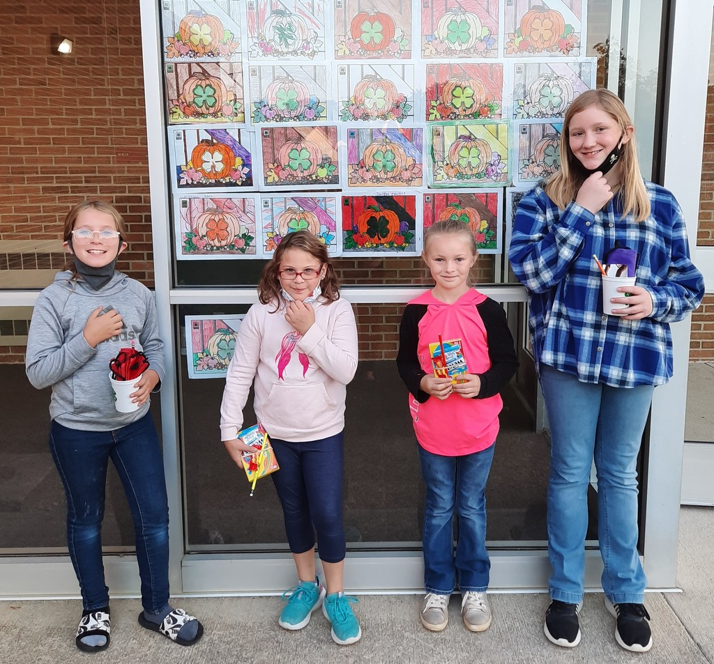 4 girls who won prizes for a coloring contest