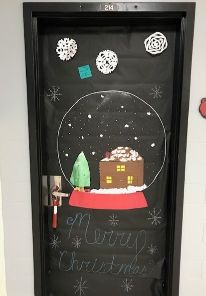 Snow globe door decoration