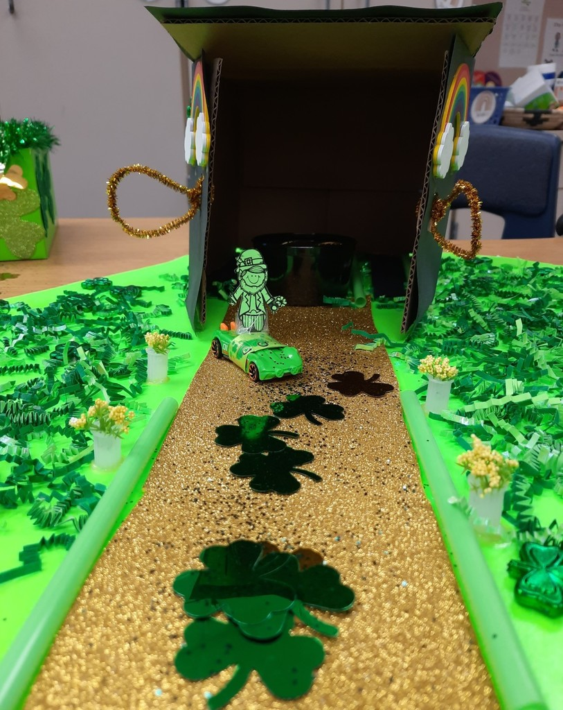 Leprechaun trap with a car